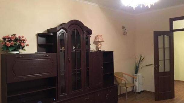 Сдаётся двухкомнатная квартира  в Евпатории ул. Демышева 125