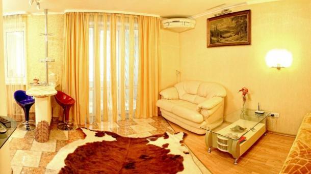 Модная квартира-студия на пл.Ушакова,собственник.
