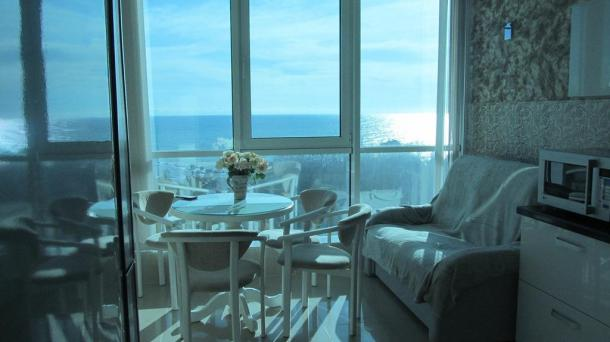 Видовая  квартира в элитном доме  у моря
