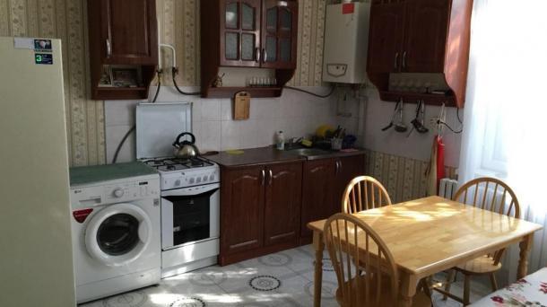 Сдается двухкомнатный дом в Евпатория ул. Пушкина