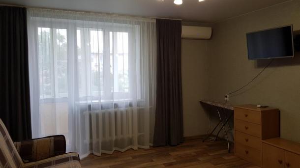 Сдается однокомнатная квартира в Евпатории  Демышева 108